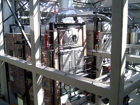 缶詰工場の面影